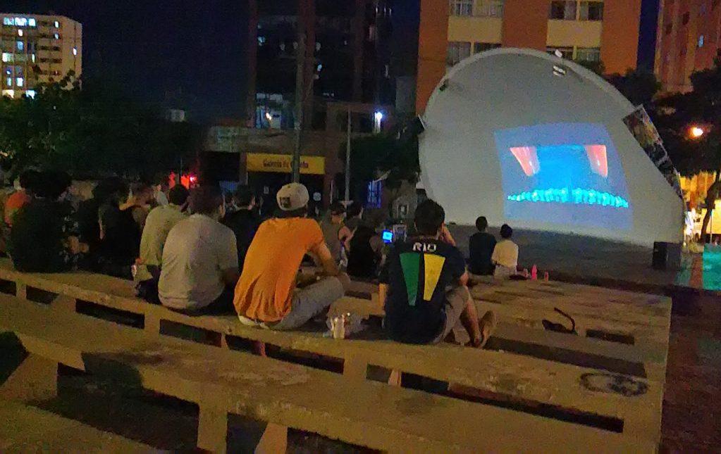 Cinema alternativo na Concha - Undercine exibe filmes gratuitos em Londrina