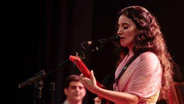 Ana Paula da Silva cantora e compositora