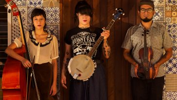 Entrevista: Família Estranha lança campanha para financiar o 1º álbum