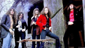 Deep Purple Azylo Hotel